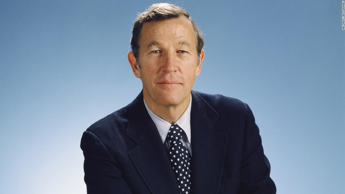 Longtime TV journalist Roger Mudd dies at 93 – CNN