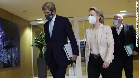 US Special Presidential Envoy for Climate John Kerry, European Commission President Ursula von der Leyen and European Commission vice-president in charge for European green deal Frans Timmermans leave a meeting in Brussels, on March 9, 2021.