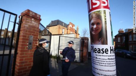 सारा एवरर्ड के मामले में ब्रिटेन की सड़कों पर महिलाओं के साथ दुर्व्यवहार और उत्पीड़न की कहानियों की बाढ़ आ जाती है