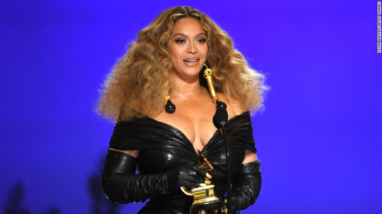 Beyoncé reigns after breaking and setting Grammy records