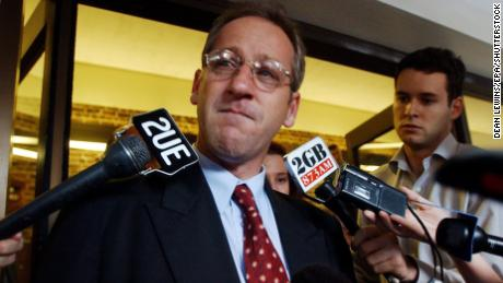 Craig Folbigg speaks to media outside the Supreme Court on May 21, 2001.
