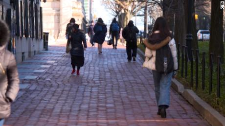 College applications in pandemic show deepening inequities