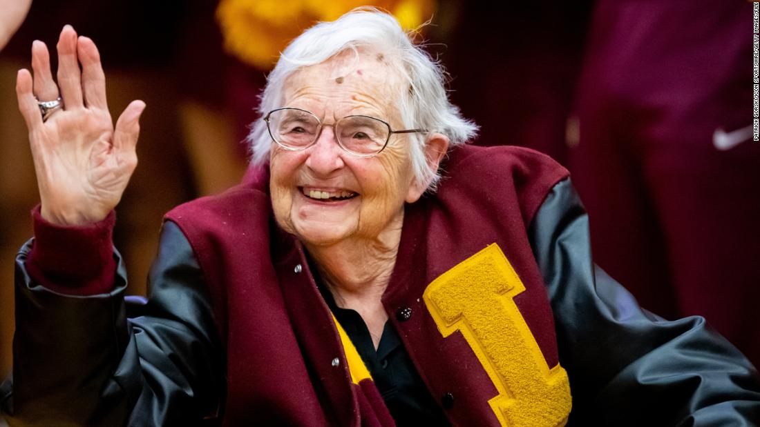 Loyola's good luck charm Sister Jean gets her March Madness ticket after  being vaccinated - CNN