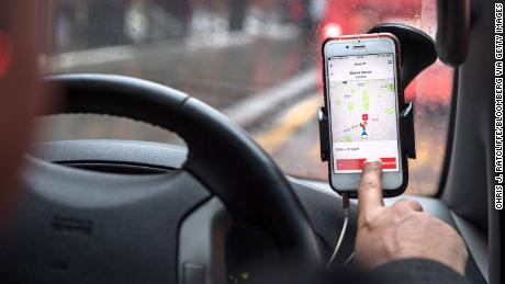 Uber's UK drivers to get paid vacation, pensions following Supreme Court ruling