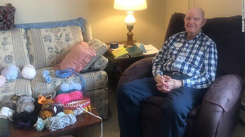 Minnesota veteran knits hundreds of hats for Salvation Army