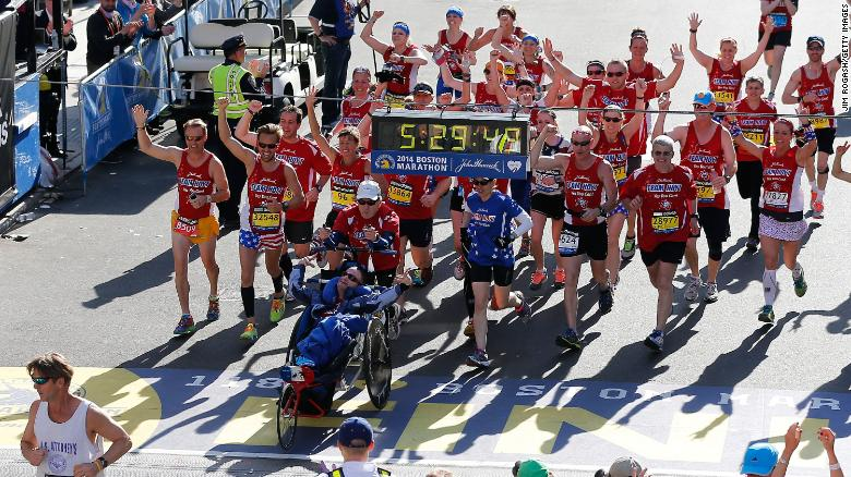 Boston Marathon icon Dick Hoyt has died at age 80