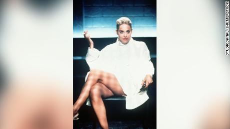 Sharon Stone dit qu'elle a été induite en erreur au sujet d'une scène d'interrogatoire explicite