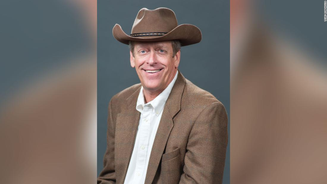 Texas Roadhouse founder and CEO dies at 65