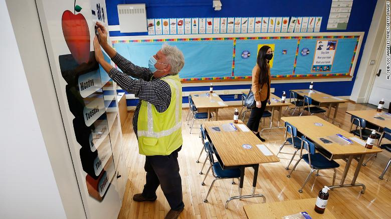 Los Angeles teachers union approves plan to reopen public schools in April