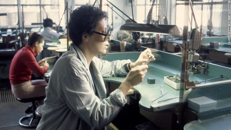 """<a href=""""https://edition.cnn.com/style/article/elsa-peretti-tiffany-jewelry-designer-death-trnd/index.html"""" target=""""_blank"""">Elsa Peretti,</a> the famed jewelry designer for Tiffany & Co., died on March 18, according to her foundation. She was 80. """"A masterful artisan, Elsa was responsible for a revolution in the world of jewelry design,"""" said a statement from Tiffany. """"Her collections of organic, sensual forms have inspired generations."""""""