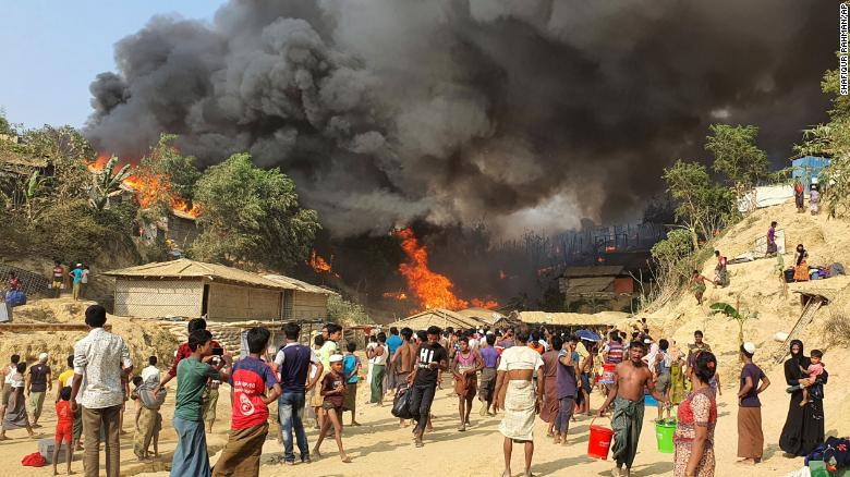 Massive fire destroys homes of thousands in Bangladesh Rohingya refugee camps