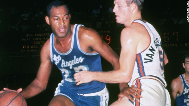 Elgin Baylor, former Lakers star, dies at 86