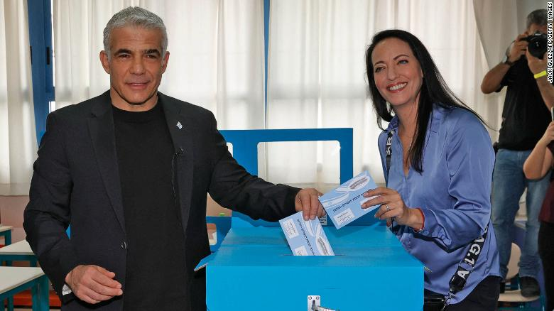 Yair Lapid gets mandate to try to form next Israeli government