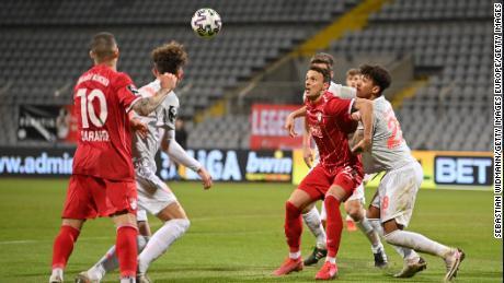 Kulübün yeni oyuncularından Hırvat forvet Petar Sliskovic