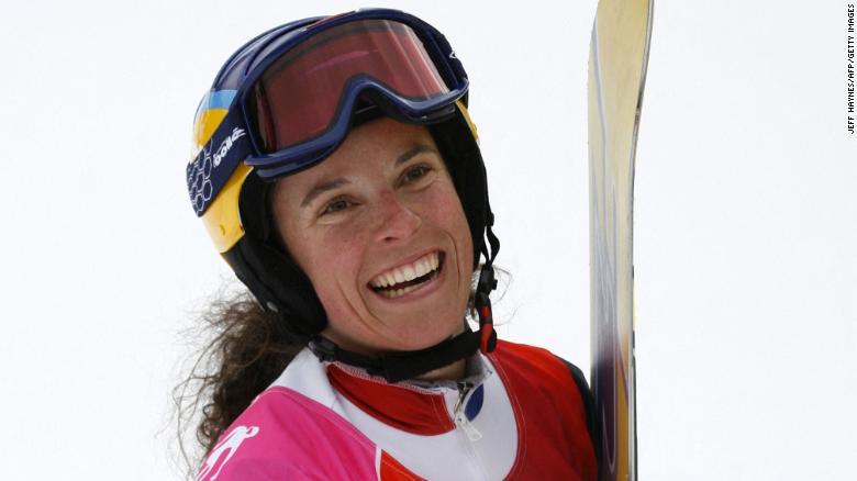 Champion snowboarder Julie Pomagalski dies in avalanche