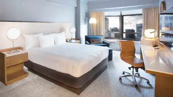 Earn bonus points when you stay at properties like the New York Hilton Midtown.