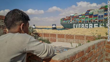 All hands on deck as Suez locals ply food and wares to hungry, stranded crews