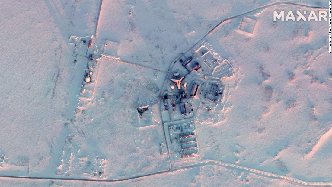 Satellite images show huge Russian military buildup in Arctic…