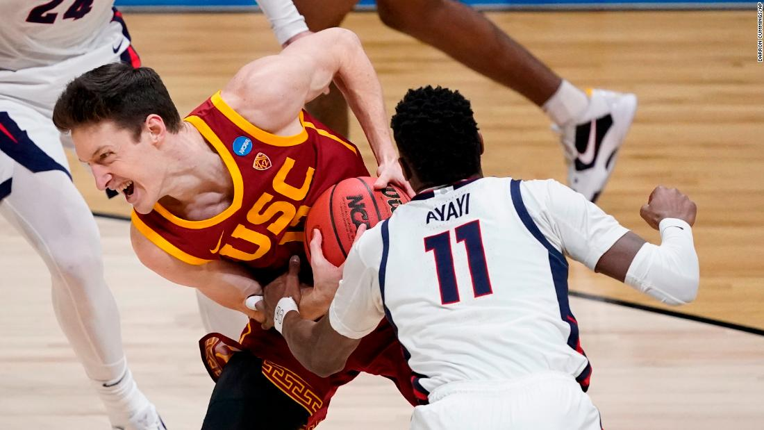 Gonzaga guard Joel Ayayi steals the ball from USC's Drew Peterson.