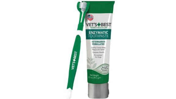 Vet's Best Brush and Enzymatic Toothpaste Set