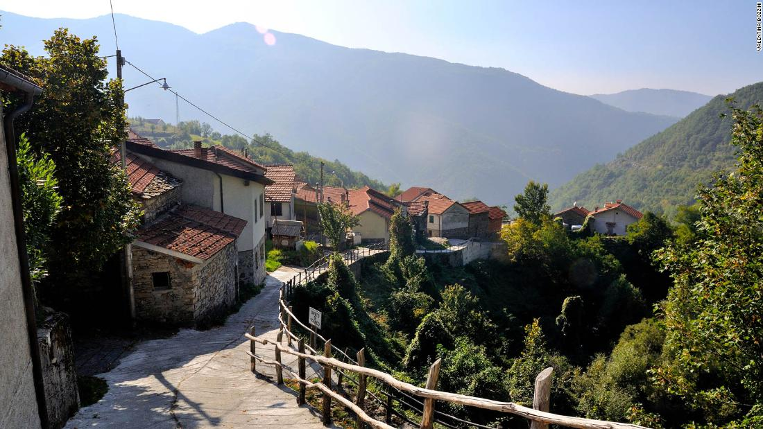 He bought a cheap house in Italy. This is what happened next