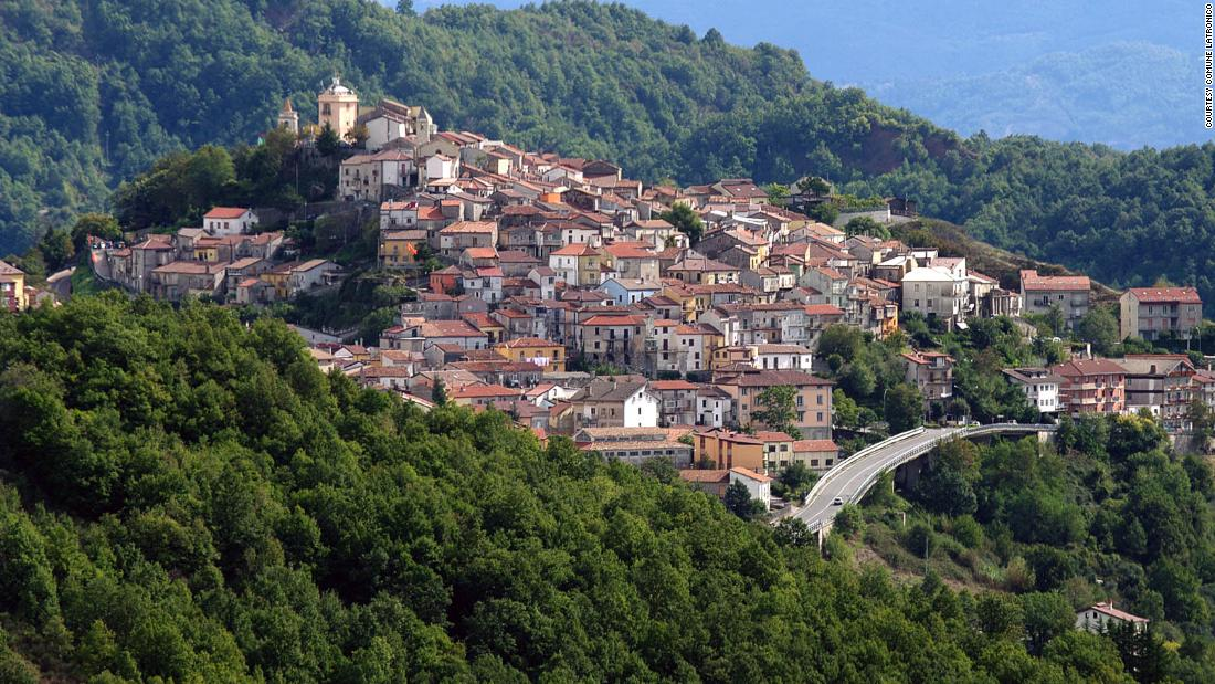 Now you can move into an Italian house for just ,000
