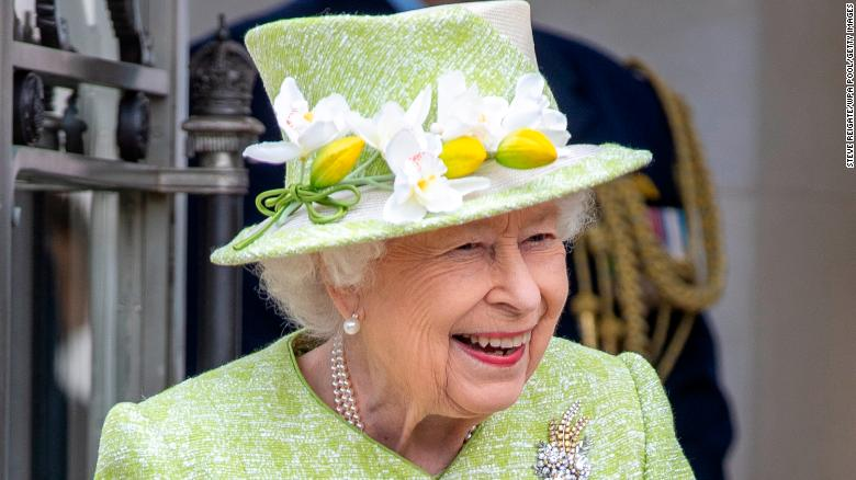 Queen leaves castle for first in-person engagement this year as debate over abolishing the monarchy reignites in Australia