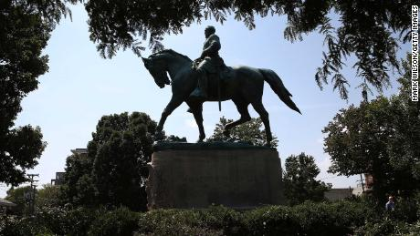 This statue of Lee once stood at a park in Charlottesville, Virginia.