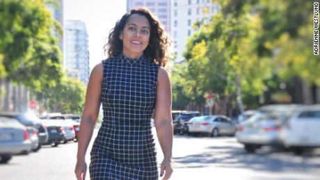 Delyanne Barros shares TikToks on early retirement and paying off debt.