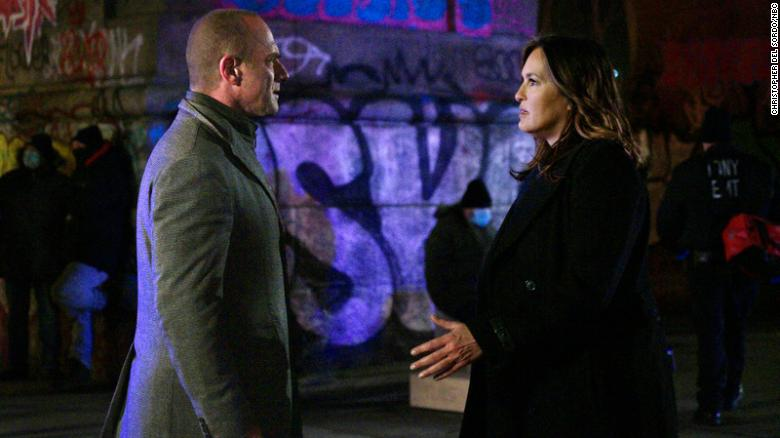 Stabler and Benson reunite on 'Law & Order: SVU'