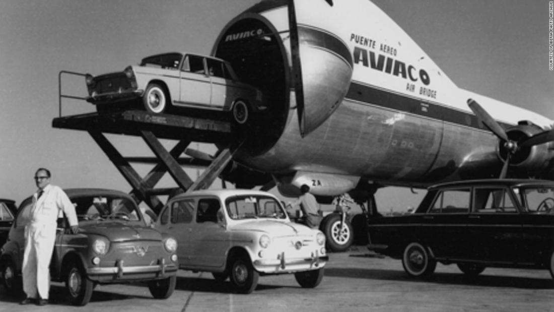 The airplane that let passengers bring their cars