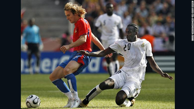 Otto Addo vies for the ball with the Czech Republic's Pavel Nedved at the 2006 World Cup.