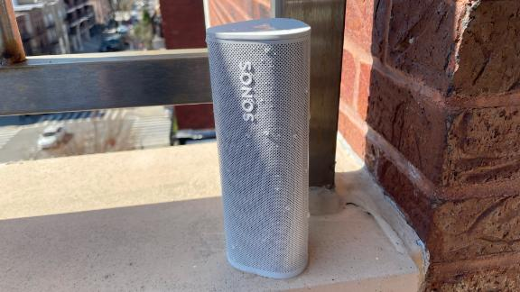 210406080333 sonos roam review water resistance live video