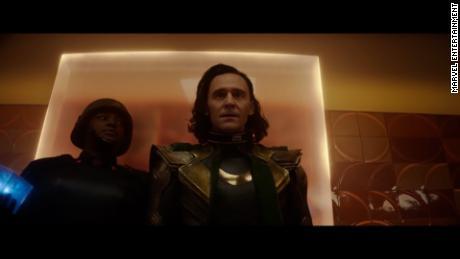 "Tom Hiddleston joue dans ""Loki"" sur Disney+."