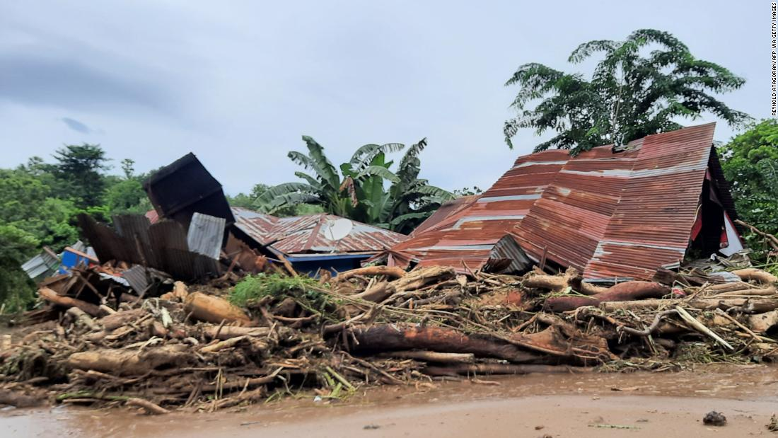 Tropical Cyclone Seroja: Rescuers seek survivors in Indonesia