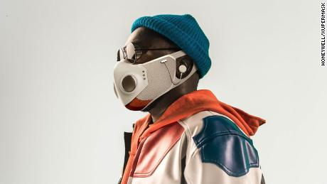 Will.i.am sells a smart face mask called Xupermask for $ 299