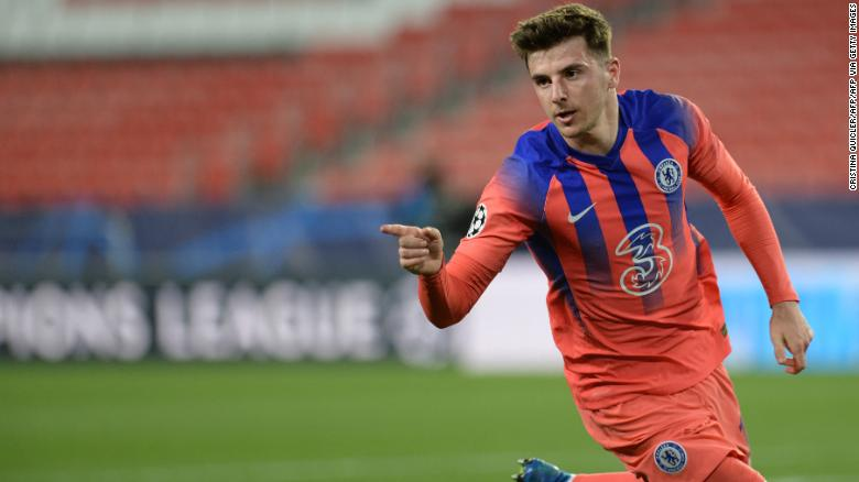 Mason Mount scored his first Champions League goal as Chelsea defeated Porto.