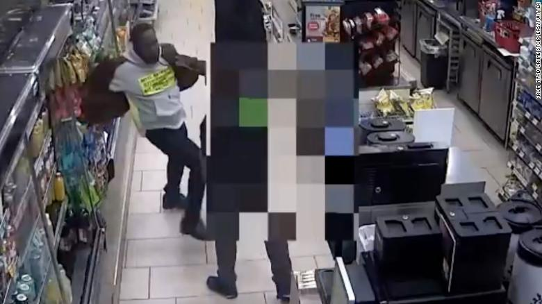 Man arrested for assaulting Asian 7-Eleven employee in Manhattan, NYPD says