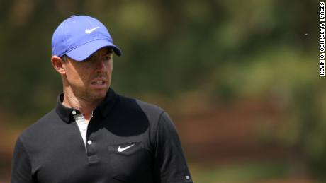 The Masters: Rory McIlroy hits his dad with a sloppy first-round ball