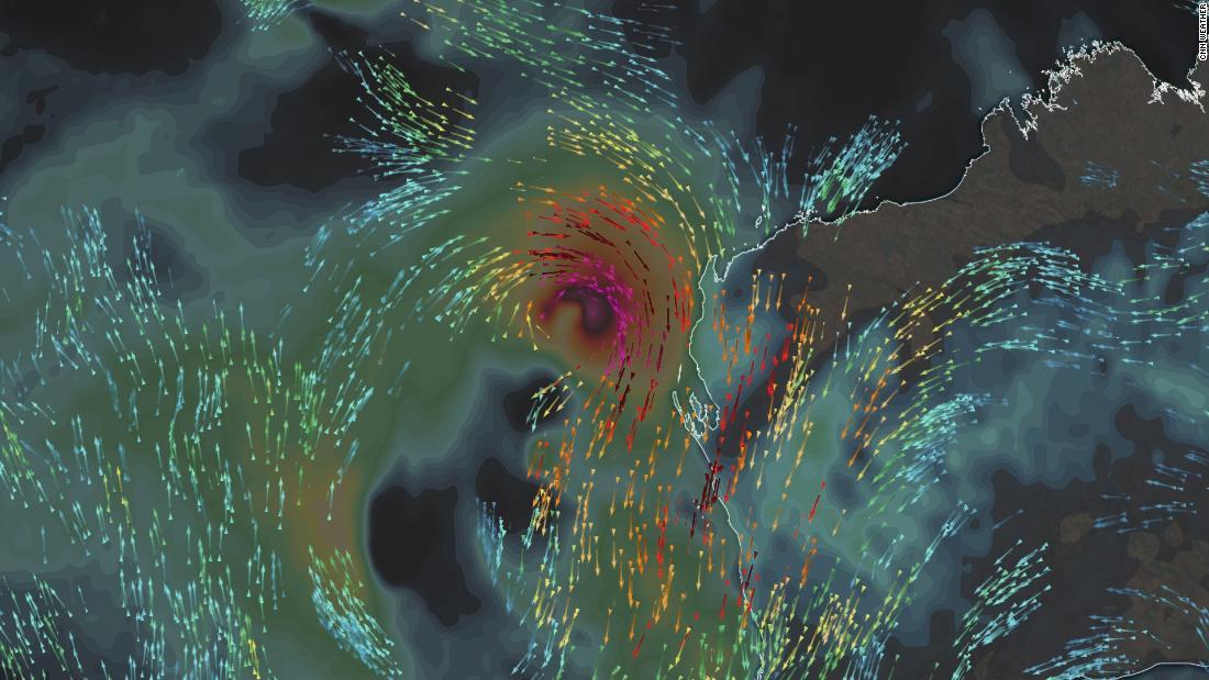 Rare tropical cyclone to hit Western Australia