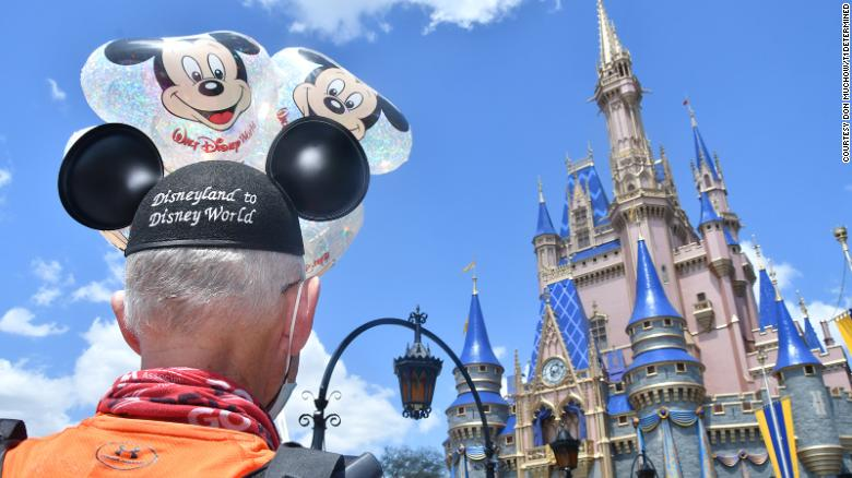 A Texas man ran from Disneyland to Disney World. Here's why