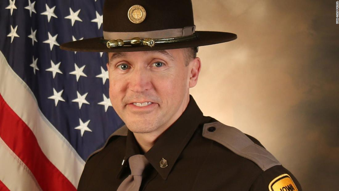 Veteran Iowa State trooper shot and killed in line of duty by barricaded man, officials say