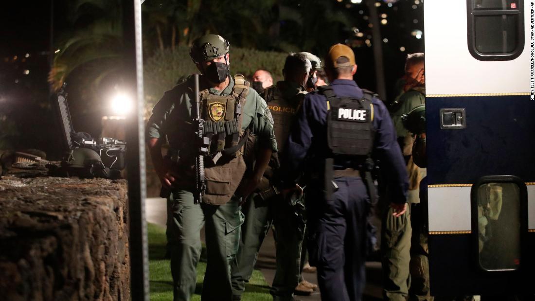 Standoff at Honolulu hotel ends as armed man kills himself, police say