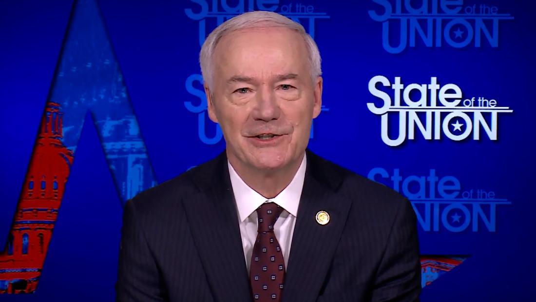Republican governor calls Trump's RNC remarks 'divisive'