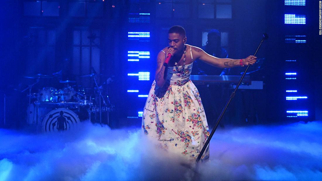 Kid Cudi sports a floral dress on SNL while honoring Kurt Cobain and Chris Farley