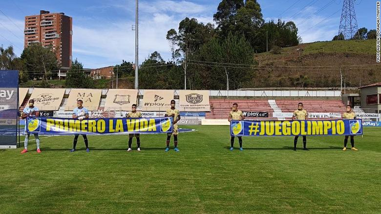 Colombian football team Águilas Doradas fields only seven players due to Covid outbreak
