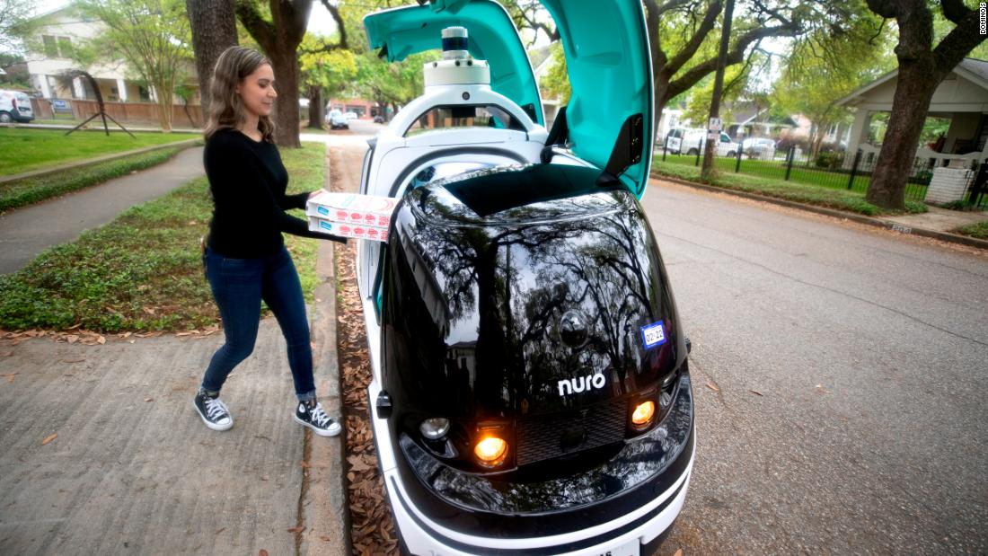 This robot can deliver a pizza. Could your neighborhood be next?