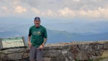 Après avoir parcouru les 300 premiers milles en 2020, Dan Schoenthal est revenu sur le sentier le 3 avril pour terminer les près de 2000 milles restants.