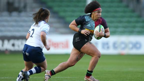 LONDON, ENGLAND - DECEMBER 05: Shaunagh Brown of Harlequins Women in action during the Allianz Premier 15s match between Harlequins Women and Bristol Bears Women at Twickenham Stoop on December 05, 2020 in London, England. (Photo by Steve Bardens/Getty Images for Harlequins)