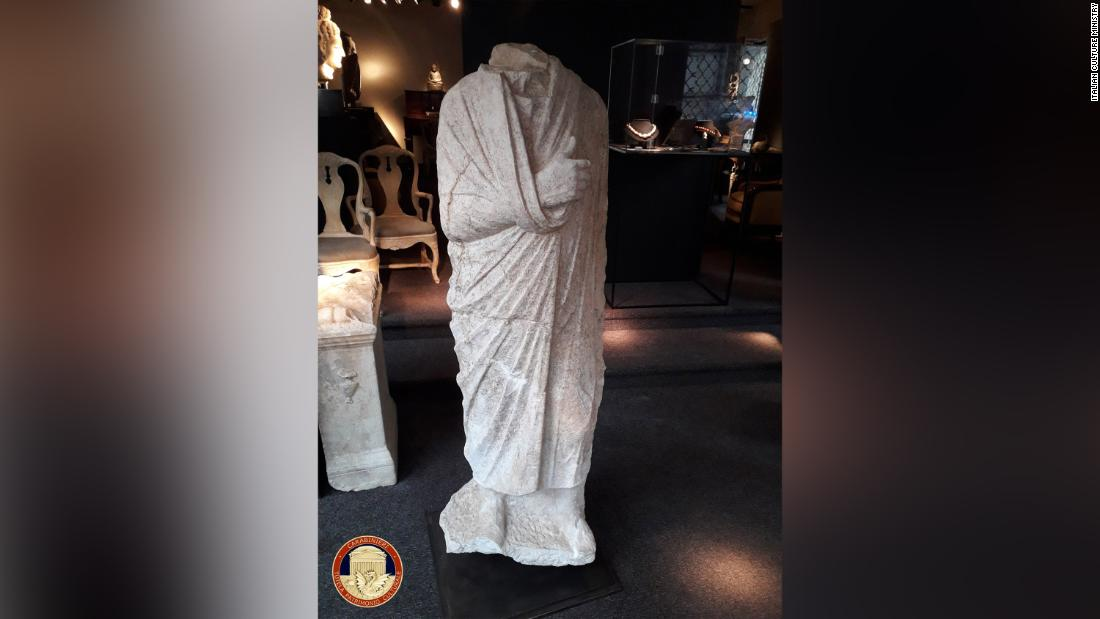 Off-duty police discover stolen Roman statue in Belgian antiques shop